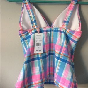 fc29ac2585aef Vineyard Vines Swim - New Vineyard Vines Madras Plaid Tankini Top XS